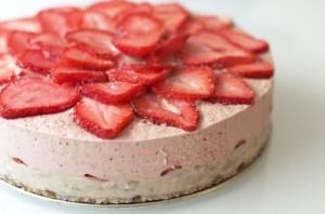 Gâteau aux fraises 100% raw !