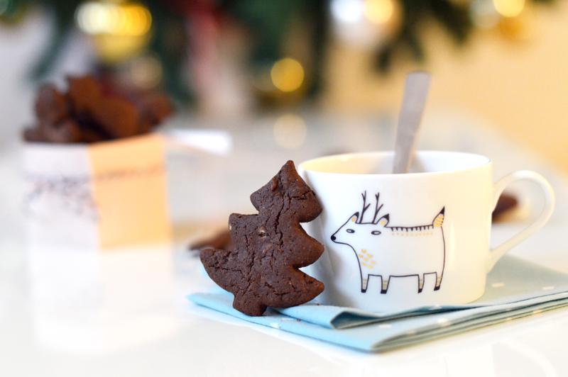 Petits sablés de Noël au cacao et à la vanille