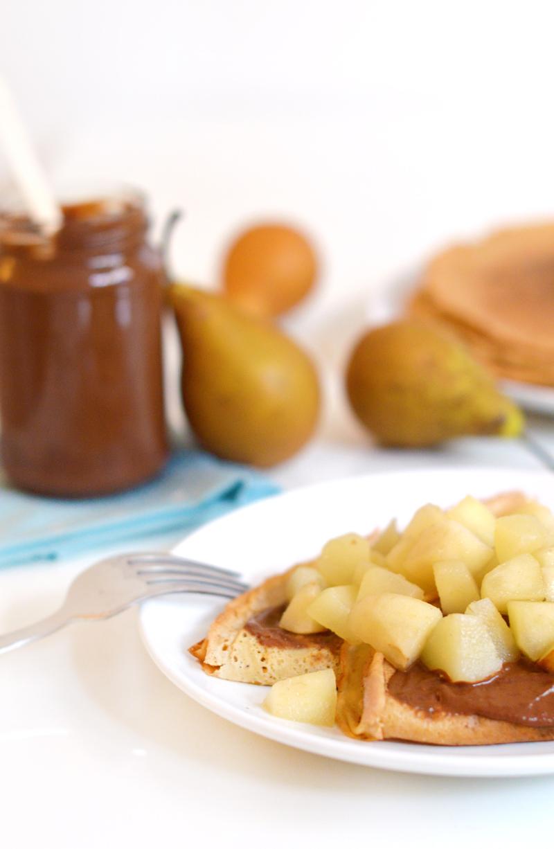 Crêpes vegan et sans gluten : poire chocolat