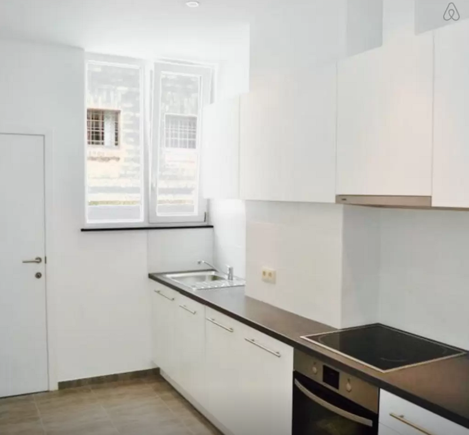 Appartement à Bruxelles : Ixelles place Stéphanie