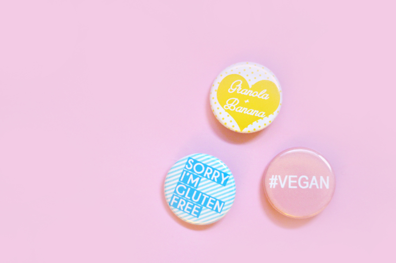 Healthy & Happy : La box de The Glass Companion x Sweet & Sour // badges colorés
