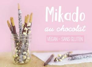 Cela fait une éternité que j'ai envie de reproduire les incontournables mikado en version vegan et sans gluten. C'est bon, c'est croustillant, c'est chocolaté et si vous avez des enfants, c'est une idée de goûter healthy qui devrait plaire aux tous petits ! Découvrez mes enrobages au chocolat noir, aux noisettes concassées et à la noix de coco !