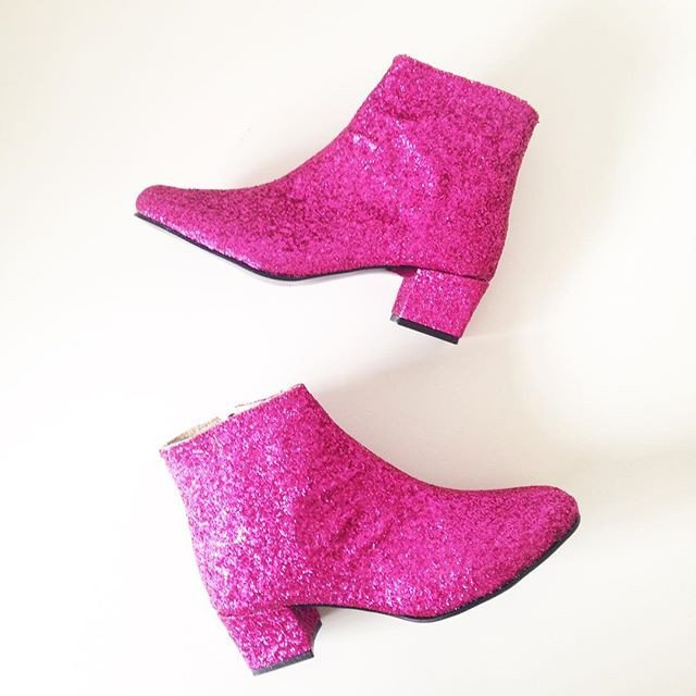 sweet-and-sour-golden-ponies-vegan-shoes-glitter-boots-2