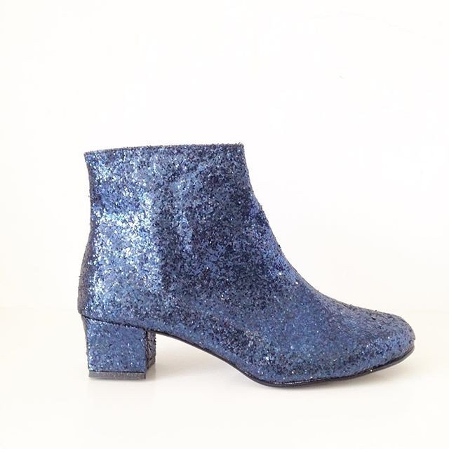 sweet-and-sour-golden-ponies-vegan-shoes-glitter-boots-3