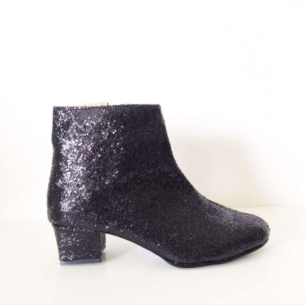 sweet-and-sour-golden-ponies-vegan-shoes-glitter-boots-5