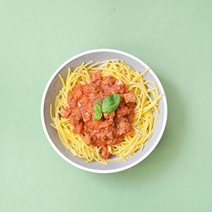 Une sauce bolognaise en version vegan ? Oui c'est possible ! Retrouvez mon tofu bolognaise express, prêt en 10 mn !