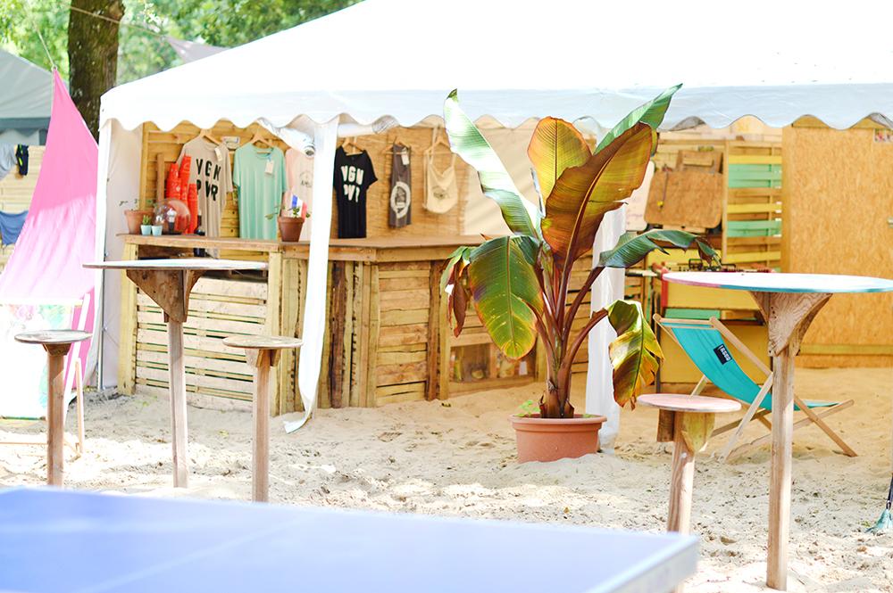 J'ai passé mes vacances au Vegan Surf Camp à Moliets dans les Landes : je vous raconte tout sur les logements, la nourriture, le camp, les activités, la plage, les prix … Ca a été une semaine inoubliable que j'ai essayé de retranscrire dans une vidéo vlog !