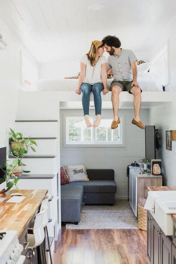Vous connaissez le mouvement tiny house ? Ces petites maisons sont une super source d'inspiration pour l'aménagement de mon studio de 14m2. Voici quelques idées pour aménager un petit espace !